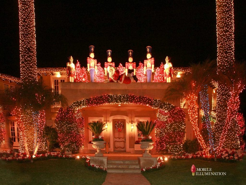 Top Five Holiday Light Destinations in Los Angeles
