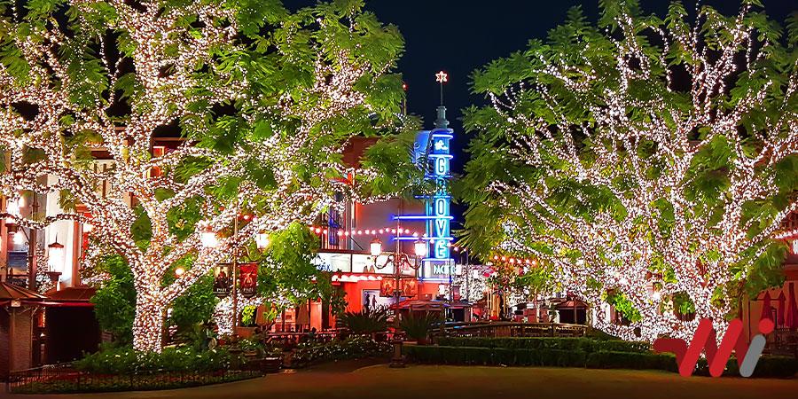 The Grove Christmas Lights